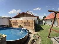 Chalupa Jilem s bazenem - ubytování Jilem