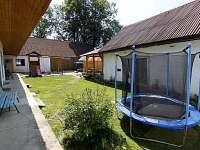 Ubytování Strmilov, Jilem, Telč - uzavřený dvůr, pergola, bazén - chalupa k pronajmutí