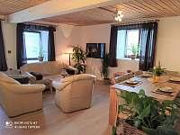 Obývací pokoj - chalupa ubytování Radomilice