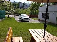 posezení v zahradě - Český Krumlov