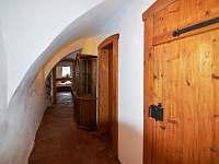chodba (dveře koupelna, toaleta) - Planá u Českých Budějovic
