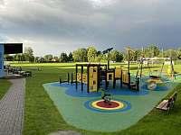 dětské hřiště, fotbalové hřiště, hospoda na hřišti - Planá u Českých Budějovic