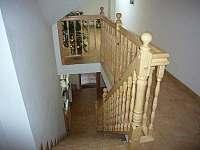 Horní chodba a schodiště