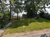 hřiště před chatou - pronájem Smržov u Lomnice nad Lužnicí