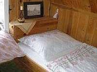 Ložnice v podkroví - chalupa ubytování Dobřejovice