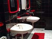koupelna - chata k pronajmutí Val