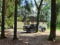 pohled z lesa - chata ubytování Val