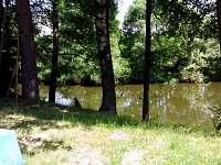 řeka Nežárka - pohled z terasy - Val