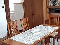 jídelní stůl + obývák - Zahořany