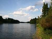 rybník Komorník 60 ha - chata ubytování Strmilov