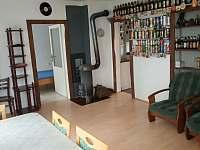 obývací pokoj - pronájem chaty Přední Zvonková