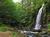 vodopád v Terčinu údolí - dá se říci kousek od chalupy