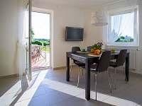 dolní apartmán, kuchyně, jiný pohled
