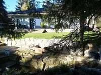 Apartmány LIPNOczech zahrada s jezírkem