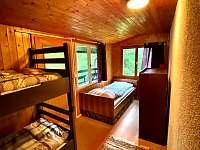 Spaní v horní části - pronájem chaty Kunžak
