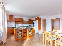 plně vybavena moderní kuchyně - pronájem chalupy Petříkov - Těšínov