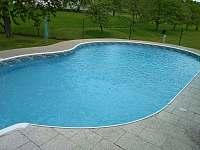 bazén - chalupa k pronajmutí Sedlce