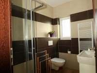 Koupelna v apartmánu,, Slepička,, - k pronájmu Nové Hrady