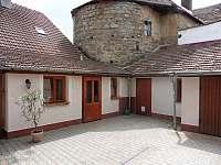 Slavonice - rekreační dům k pronájmu - 11
