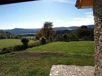 výhled na kopec Luč a hraniční kopce