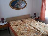 ložnice - Hluboká u Borovan