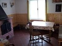 společenská místnost - chalupa ubytování Hluboká u Borovan