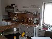 Kuchyně 3 - chata k pronajmutí Laziště u Orlíka