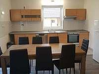 Kuchyň - pronájem chalupy Lužnice