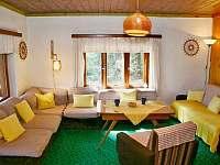 obývací pokoj - chata k pronájmu Kunžak