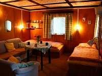 obývací místnost - chata k pronajmutí Kunžak