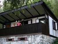 pohled na chatu - ubytování Kunžak