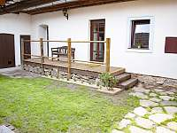 dvůr - chalupa ubytování Plavsko