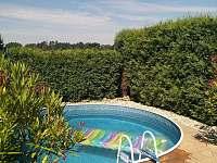 bazén - pronájem chalupy Novosedly nad nežárkou
