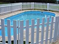 Bazén délka 6m, hloubka 120cm - chalupa ubytování Bavorov