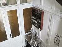 Výčepní zařízení dvoukohoutové, naražeče k dispozici - Bavorov