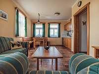 Apartmán, obývací část - Dubí Hora