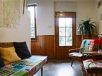 Odpočinková hala s mapami a tipy na výlety - Kardašova Řečice