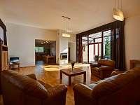 Dům se 2 ložnicemi - vila k pronajmutí Nová Bystřice