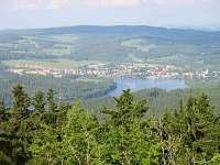 Výhled z Vítkova Hrádku na Frymburk
