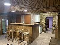 bar s pípou