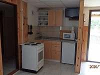 Kuchyně chata č. 50 - pronájem Dobronice u Bechyně