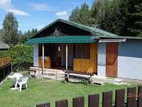 Pohled na chatu č. 127 - k pronájmu Dobronice u Bechyně
