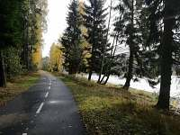 Podzimní procházka po cyklostezce Frymburk - Lipno nad Vltavou - apartmán k pronájmu