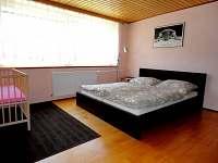 ložnice 1.np - rekreační dům k pronájmu Křemže