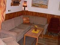 Obývací část - chata k pronajmutí Laciná