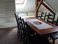 Obývací pokoj podkroví se šesti lůžky - Planá nad Lužnicí