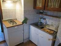kuchyňka - chalupa k pronajmutí Zvíkovské Podhradí