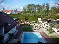 Výhled z apartmánu č. 4 - ubytování Jindřichův Hradec - Otín