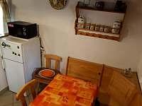 kuchyň - pronájem chaty Frymburk - Lojzovy Paseky