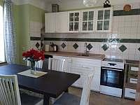 kuchyně s jídelnou - rekreační dům k pronájmu Písečné nad Dyjí